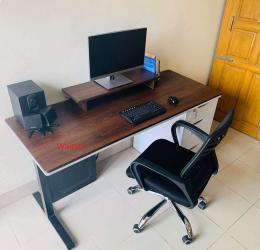 Modern Computer Table 007 With Hidden Cable Management